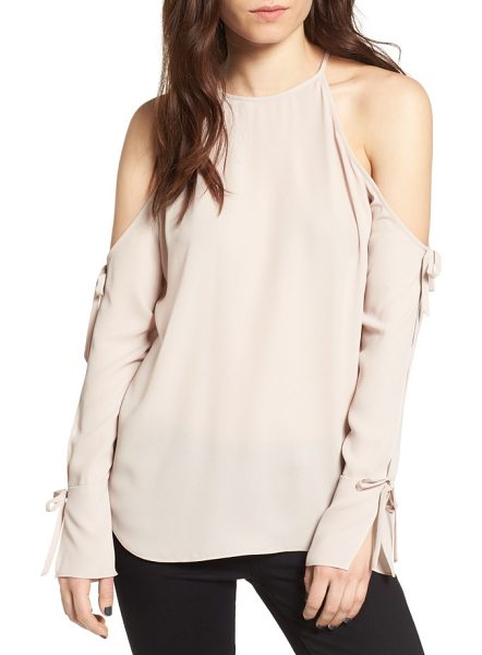 Trouve cold sholder blouse in tan memoir - Unexpected flashes of shoulder take center stage in an...