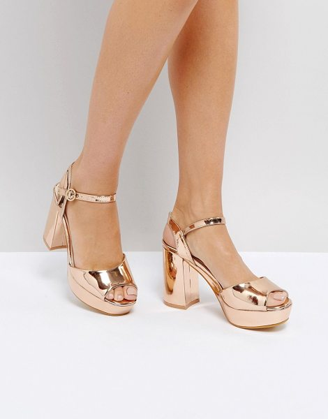 TRUFFLE COLLECTION Metallic Platform Heeled Sandal in rosegold - Shoes by Truffle, Metallic upper, Ankle-strap fastening,...
