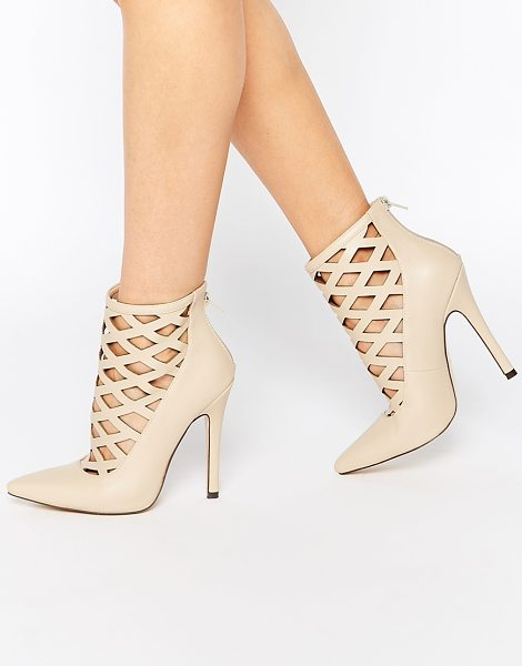 Truffle Collection Skye Cut Out Heeled Shoes in beige - Shoes by Truffle Collection, Leather-look upper, Matte...