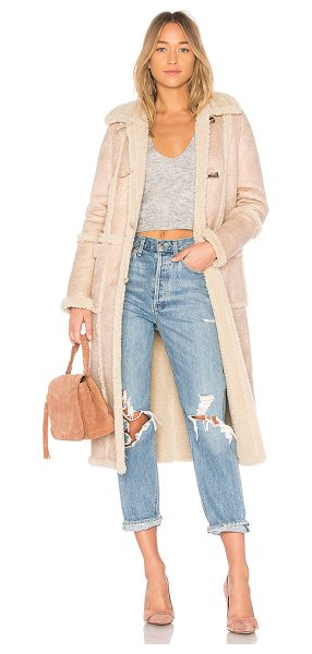 Tularosa Tristan Sherpa Coat in cream - Snuggle up with Tularosa?s Tristan Sherpa Coat. Crafted...
