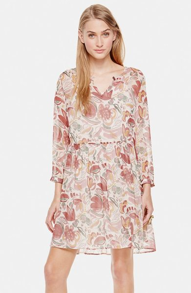 Two by Vince Camuto floral print babydoll dress in mauve dust