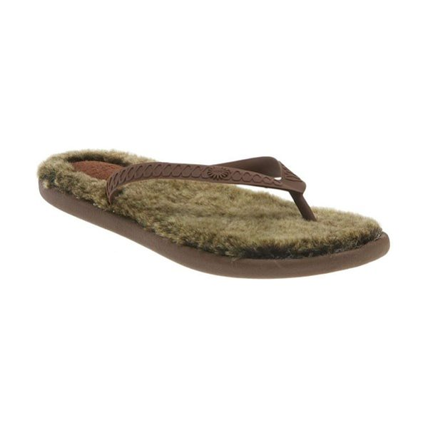 Ugg australia fluffie flip flop in chocolate / met gold - Ultrasoft sheepskin footbed updates a classic rubber flip-flop.