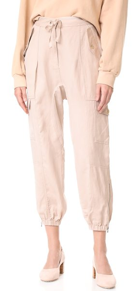 Ulla Johnson edris pants in dove - These lightweight Ulla Johnson cargo pants have a long...