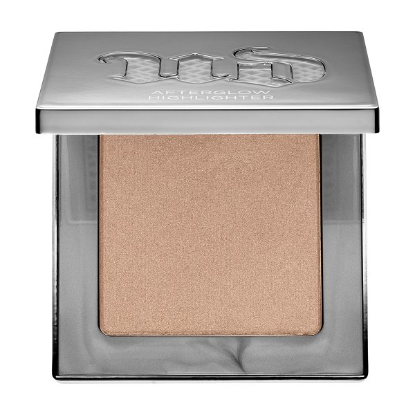 Urban Decay Afterglow 8-Hour Powder Highlighter Sin - A super-soft, long-wearing, blendable powder highlighter...