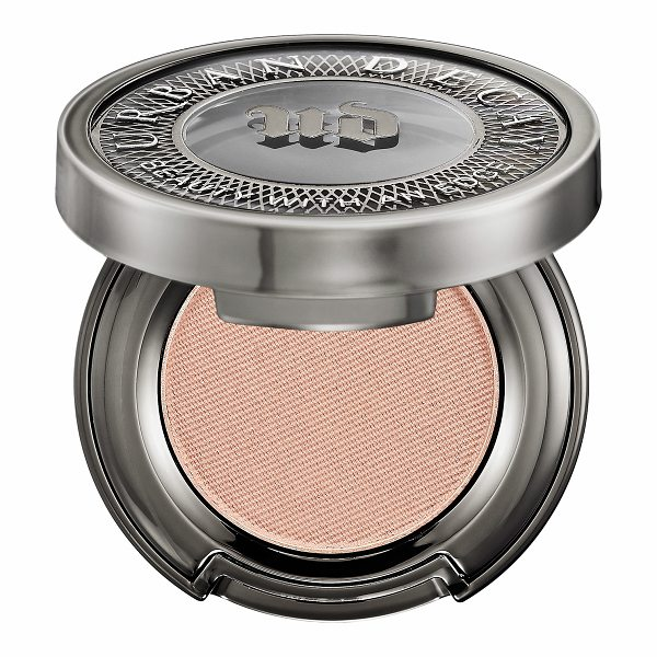 Urban Decay Eyeshadow ABC Gum - An innovative eyeshadow that delivers a high-pigment,...
