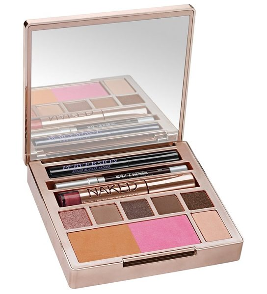 URBAN DECAY Naked on the run palette - You never know when or where you ll have the urge to get...