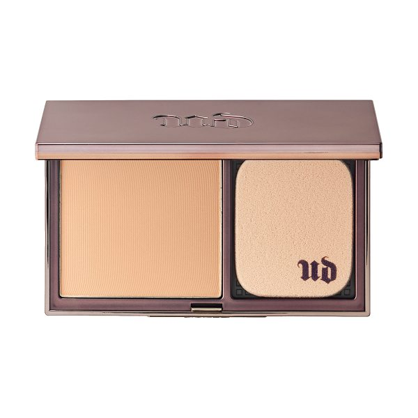 Urban Decay Naked Skin Ultra Definition Powder Foundation Fair Cool - Coverage: Full Medium Skin type: Combination Finish:...