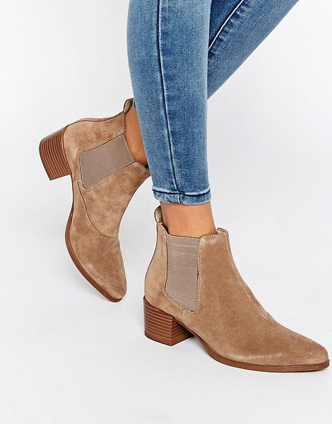VAGABOND Emira beige suede ankle boots - Boots by Vagabond, Suede upper, Back tab, Elasticated...