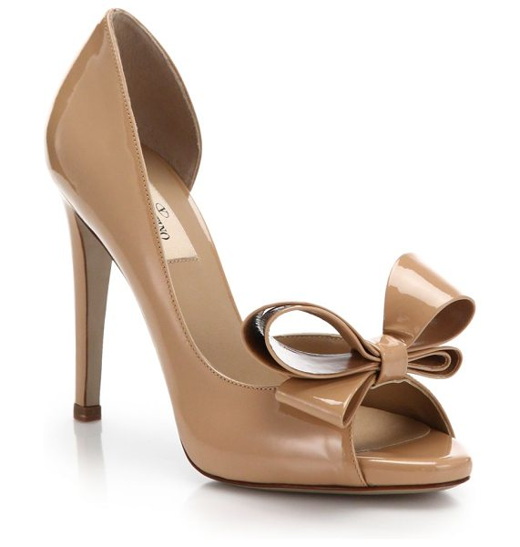Valentino Bow patent leather d'orsay pumps in tan - These timelessly glamorous patent leather d'Orsay pumps...