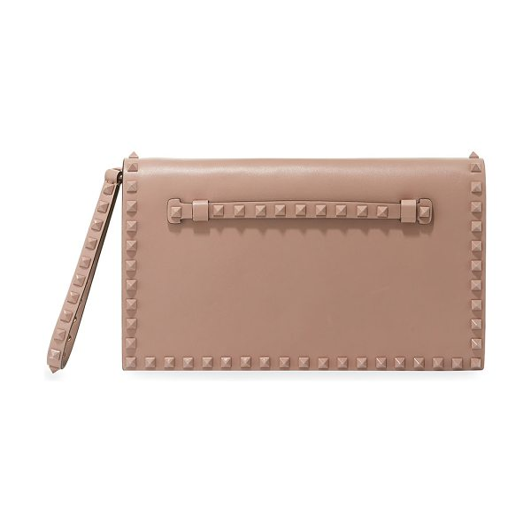 Valentino Monochrome Rockstud Leather Wristlet Clutch Bag in beige - Valentino Garavani smooth leather clutch bag with...