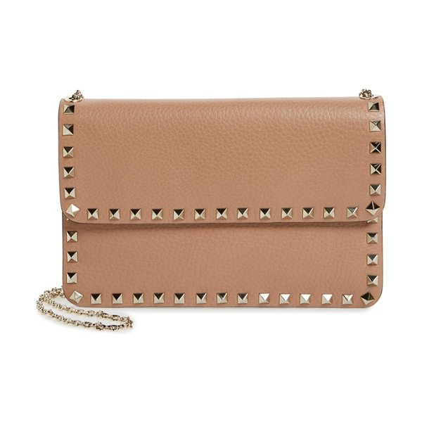 Valentino 'rockstud' calfskin leather shoulder bag in soft noisette - Ruthenium pyramid studs trace the clean-lined profile of...
