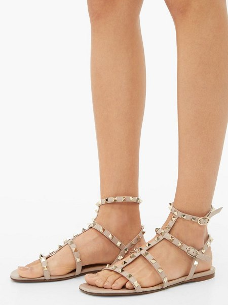 Valentino rockstud flat leather sandals in nude