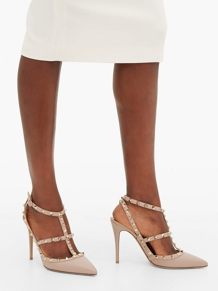 Valentino rockstud leather pumps in nude