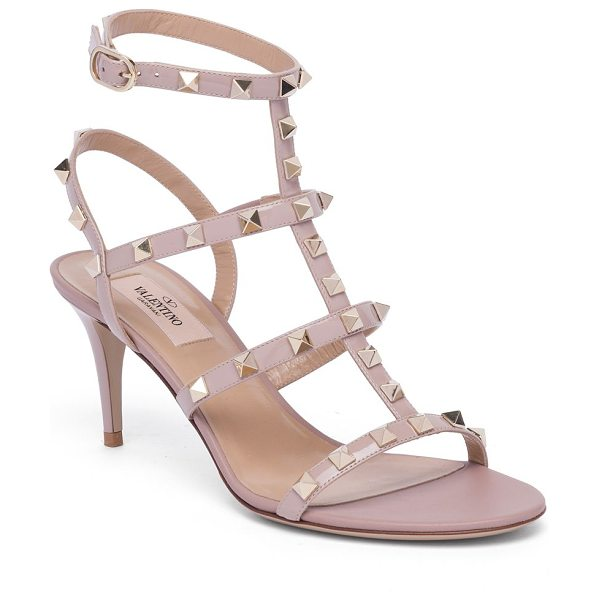 Valentino rockstud leather sandals in poudre