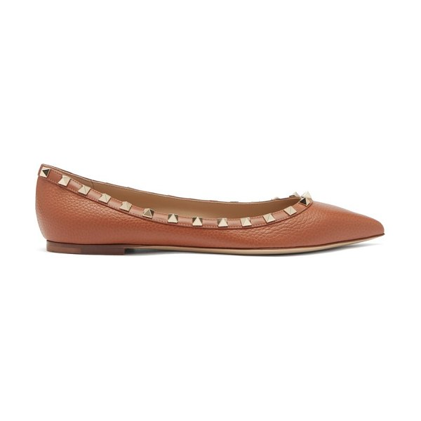 Valentino rockstud point-toe leather ballet flats in tan