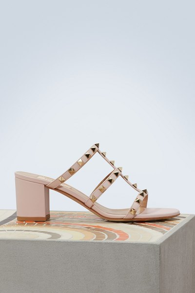 Valentino Rockstud sandals in water rose - These Rockstud sandals feature the Valentino...