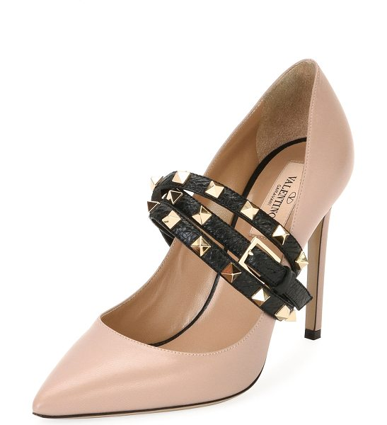 Valentino Rockstud Wrap Leather Pump in poudre/black - Valentino Garavani leather pump with Rockstud vamp...