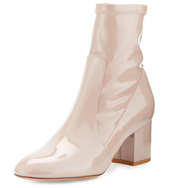 Valentino Stretch Patent 60mm Bootie in poudre - Valentino Garavani bootie in stretch patent leather....
