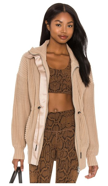 Varley greenfield jacket in light taupe