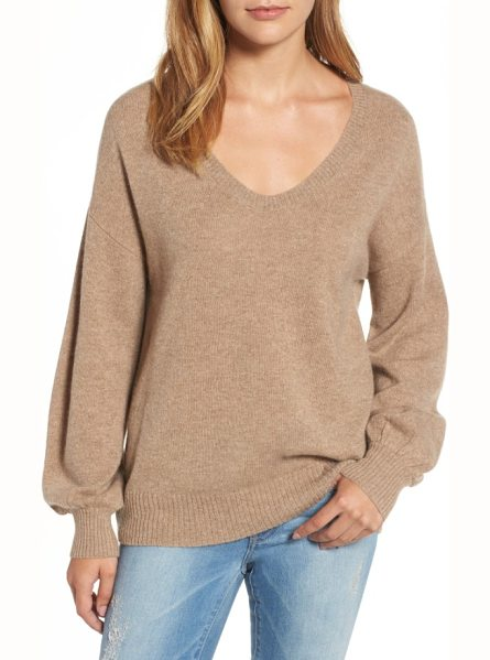 Velvet by Graham & Spencer blouson sleeve cashmere sweater in camel - A cashmere sweater features an easy scooped neck that...