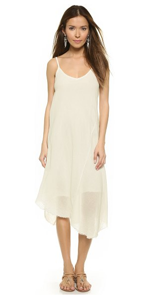 Velvet Odalis gauze dress in coconut - An airy Velvet dress in soft gauze, styled with a raw...