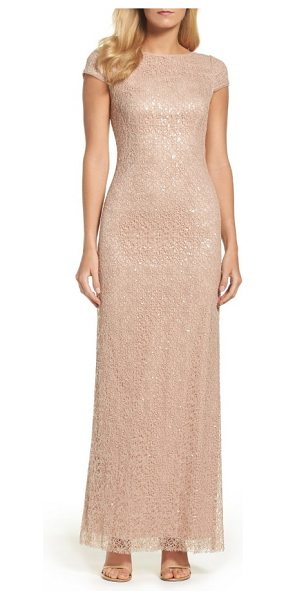 VERA WANG sequin lace gown - Quiet color and timeless lace temper sparkling sequins...