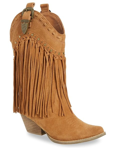 Very Volatile 'wyatt' fringe western boot in tan suede - Elaborate stitching, polished studs and swingy fringe...