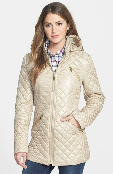 Via Spiga 4-pocket quilted jacket with detachable hood in beige - The slim, nipped-in shape of this quilted jacket is...