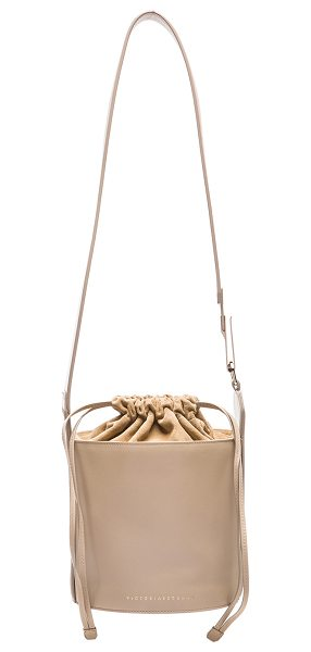 VICTORIA BECKHAM Bucket bag - Calfskin leather and suede with fabric lining and...