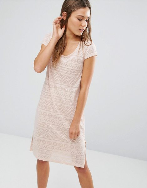 Vila Geo Print Burnout Midi Dress with Side Slits in pink - Casual dress by Vila, Printed cotton, Scoop neckline,...