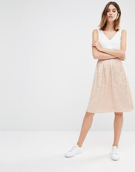 Vila Textured Midi Skirt in pink - Midi skirt by Vila, Sateen lace, Fully lined, High-rise...
