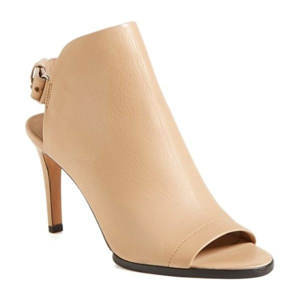 Vince aden sandal in nude - A single-panel design and pushpin hardware take this...