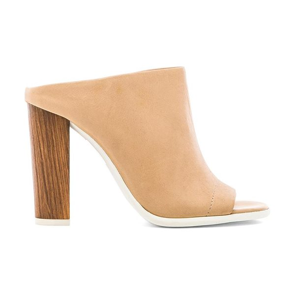 Vince Allison heel in beige - Leather upper with man made sole. Heel measures approx...