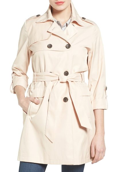 VINCE CAMUTO double gunflap trench coat - Double-breasted styling and a double-layered gunflap...