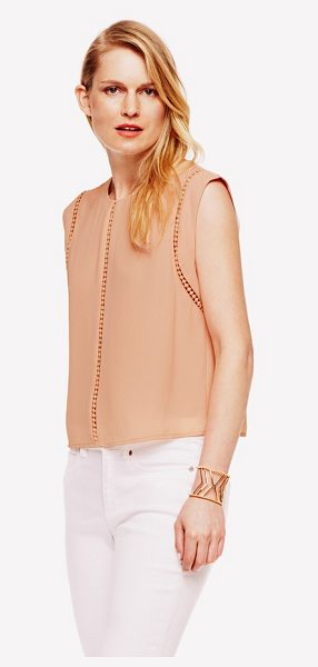 Vince Camuto sleeveless shell in apricot ice