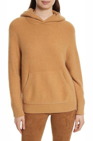 Vince cashmere hoodie in butterscotch - An elevated take on an everyday essential, this pullover...