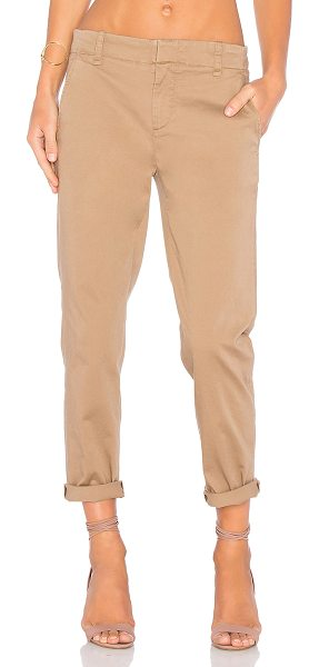 VINCE Chino Pant - 95% cotton 5% elastane. Side slant pockets. Back welt...