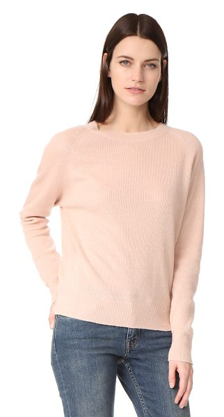 Vince crew neck pullover in peach - A slouchy Vince pullover sweater in a luxe blend of...