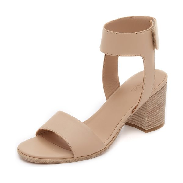 Vince Josslyn city sandals in nude - Smooth leather composes these streamlined Vince sandals....