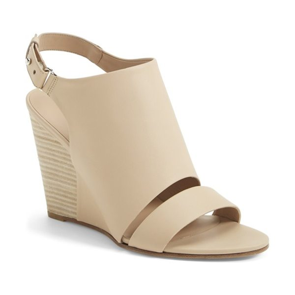 Vince karen double band wedge sandal in nude - Everything about the design of this leather sandal...