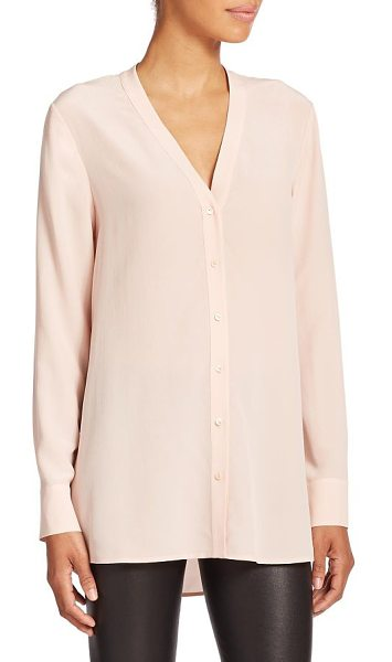 Vince Silk v-neck blouse in newbuff - Tailored in airy silk, an elongated blouse topped with a...