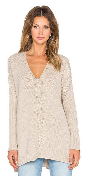 Vince Vee poncho in tan - 50% wool 50% yak. Hand wash cold. VINCE-WK312. V3081...