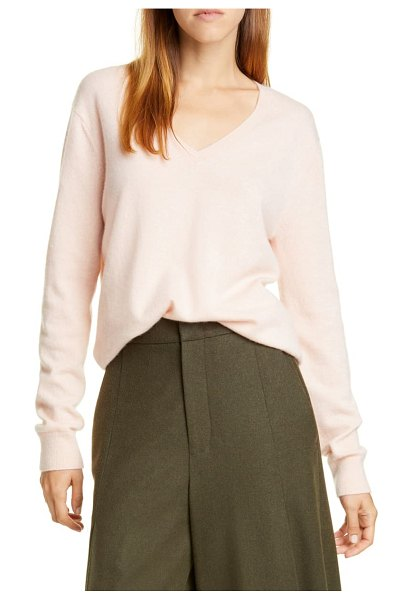 Vince weekend v-neck cashmere sweater in pink