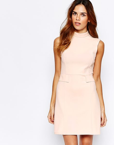 Warehouse 60s crepe shift dress in pink - Dress by Warehouse Lightly textured fabric Turtle...