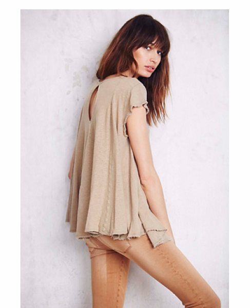 We The Free Wtf sylvie tee in taupe - Washed circle-shaped tee in an oversized spacious fit....