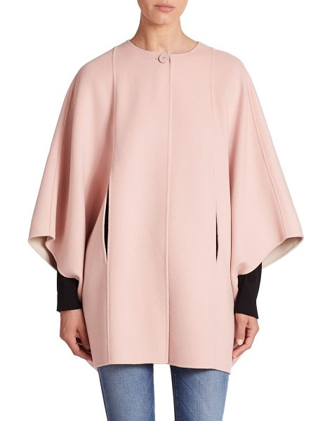 Weekend Max Mara Reversible wool cape in pink - Reversible styling ensures the versatility of this...