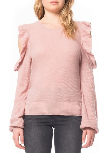WILLOW & CLAY cold shoulder ruffle sweater - This comfortable sweater with shoulder cutouts and...