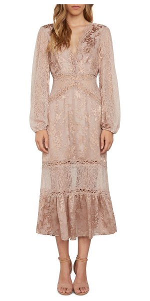 WILLOW & CLAY lace midi dress - Play your own version of a romantic heroine in a...