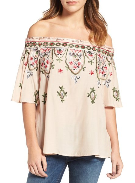 Wit & Wisdom embroidered off the shoulder top in sand dollar - A breezy woven top bewitches with off-the-shoulder...