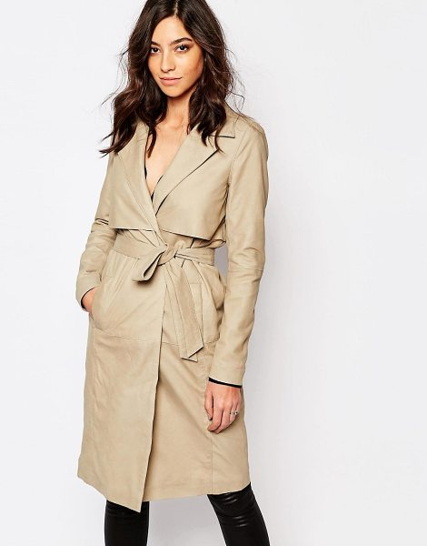 Y.a.s Willow leather trench coat in beige - Jacket by Y.A.S. Smooth leather Lined design Notch lapel...
